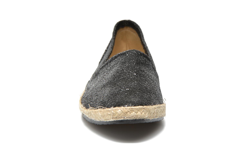Ballerines Buffalo Dahou Noir vue portées chaussures