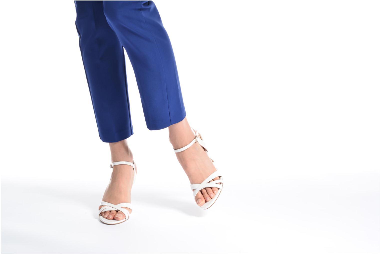 Sandales et nu-pieds Buffalo Loel Blanc vue bas / vue portée sac