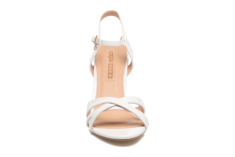 Sandales et nu-pieds Buffalo Loel Blanc vue portées chaussures
