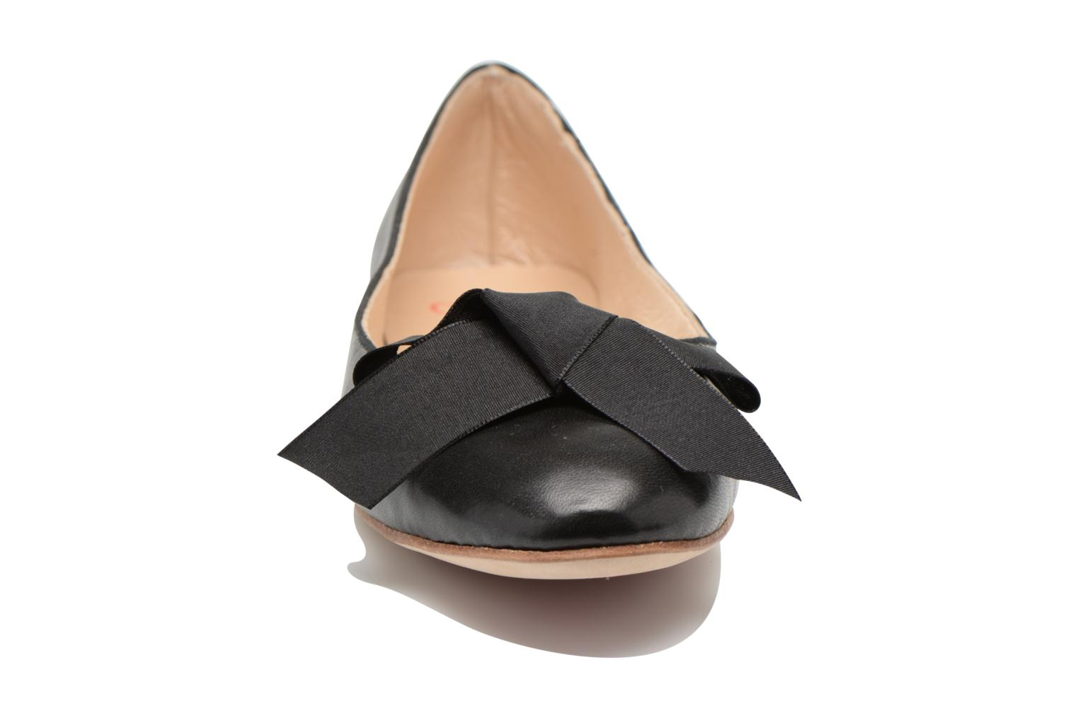 Ballet pumps Opéra national de Paris Endol Black model view