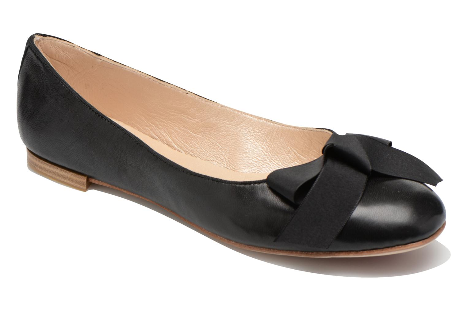 Ballet pumps Opéra national de Paris Endol Black detailed view/ Pair view
