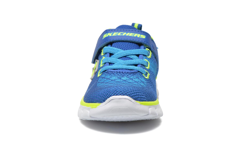 Baskets Skechers Synergy - Mini Knit Bleu vue portées chaussures