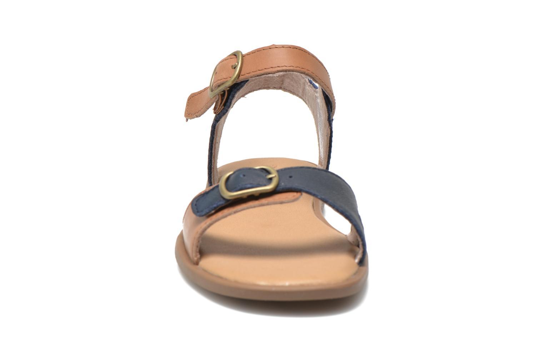 Sandales et nu-pieds Timberland Girls Sheafe Sandal Bleu vue portées chaussures