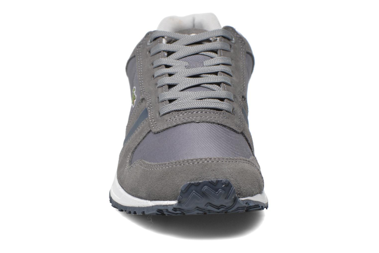 Baskets Lacoste Vauban Snm Gris vue portées chaussures