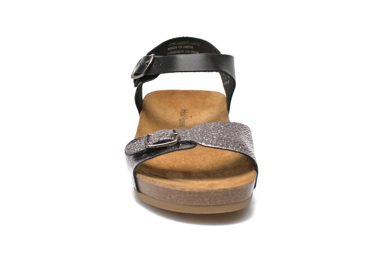 Sandali e scarpe aperte Hush Puppies Tease Soothe Nero modello indossato