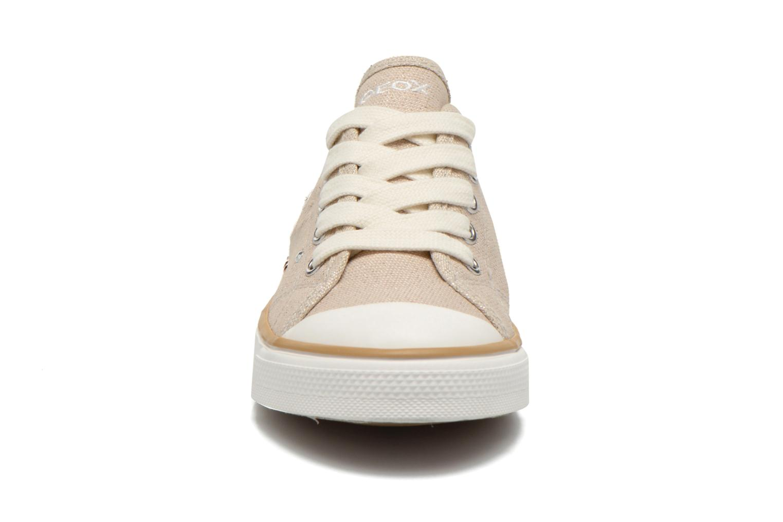 Baskets Geox J Ciak G. E J6204E Beige vue portées chaussures
