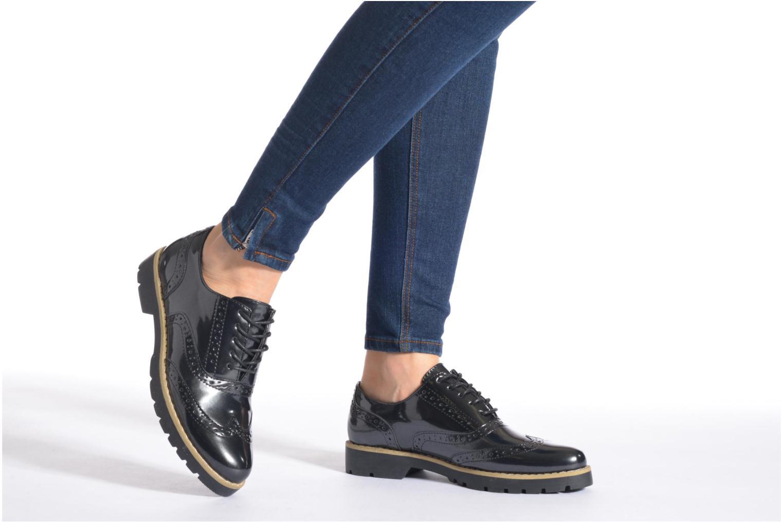 Schnürschuhe I Love Shoes THINA Size + blau ansicht von unten / tasche getragen