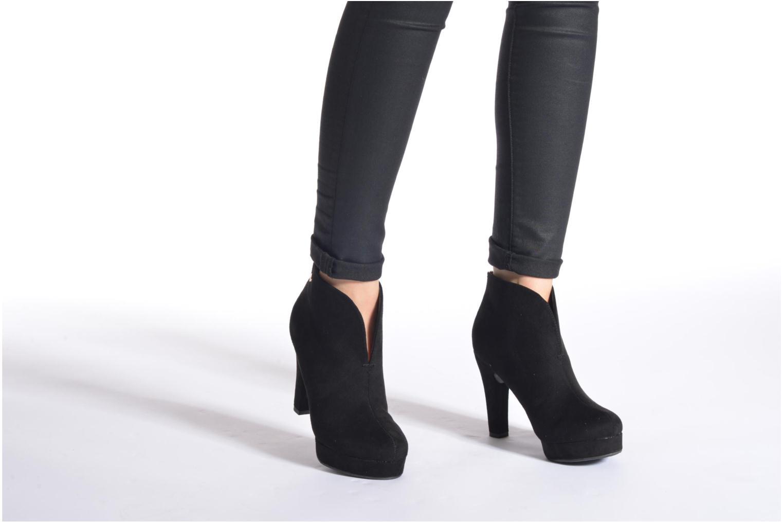 Stiefeletten & Boots Xti Hulopo braun ansicht von unten / tasche getragen