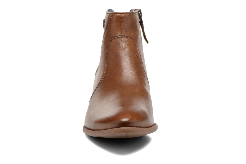 Bottines et boots Tamaris Elila Marron vue portées chaussures