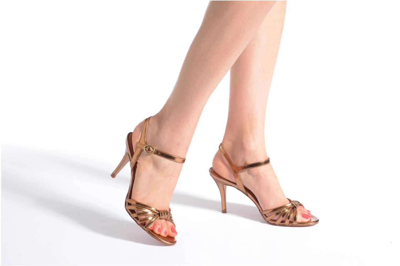 Sandalen What For Salsa mehrfarbig ansicht von unten / tasche getragen