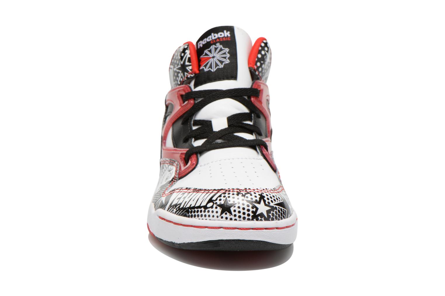 Trainers Reebok Pixar Pump Omni Jr White model view