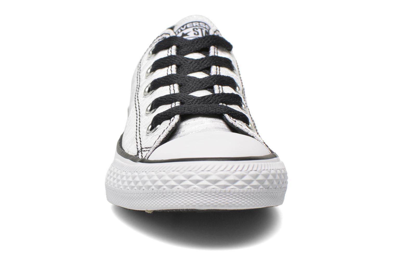 Sneakers Converse Chuck Taylor All Star Ox Vit bild av skorna på