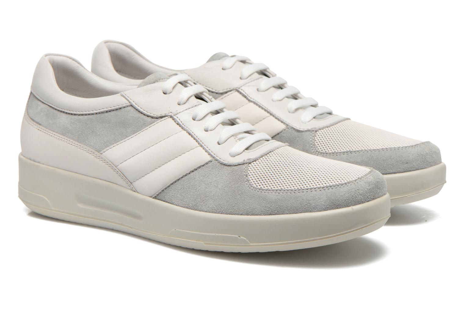 Trainers Lagerfeld John by Lagerfeld White 3/4 view