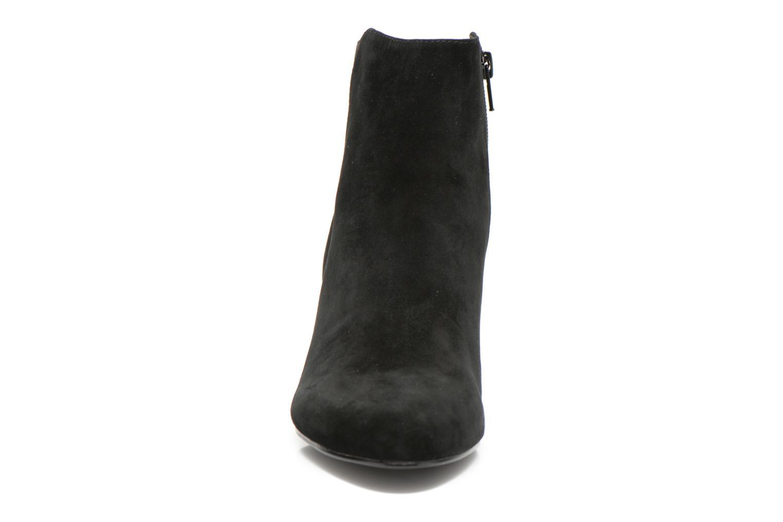 Stiefeletten & Boots Minelli F80 721/VEL schwarz schuhe getragen