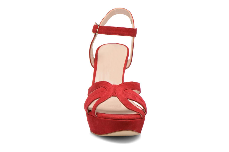 Sandaler Minelli F93 688/VEL Röd bild av skorna på