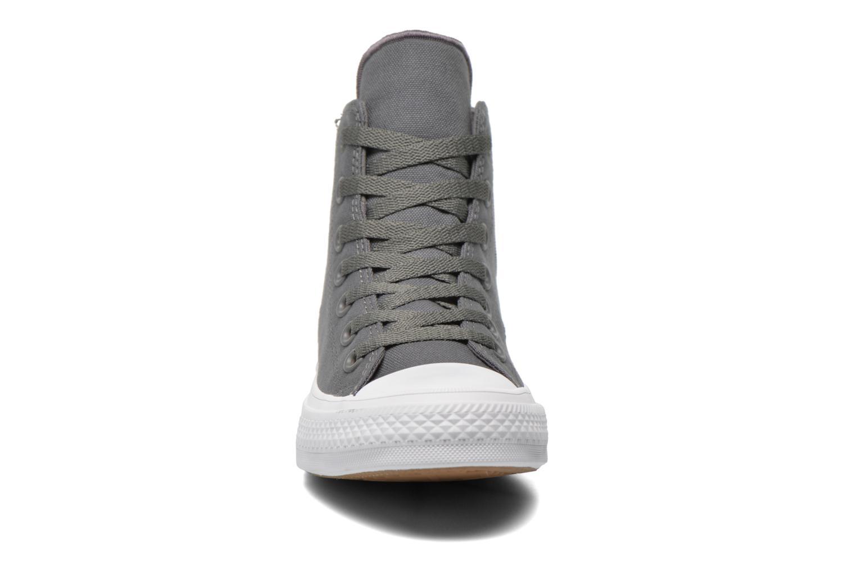 Sneakers Converse Chuck Taylor All Star II Hi W Grigio modello indossato