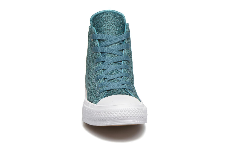 Sneakers Converse Chuck Taylor All Star II Hi W Azzurro modello indossato