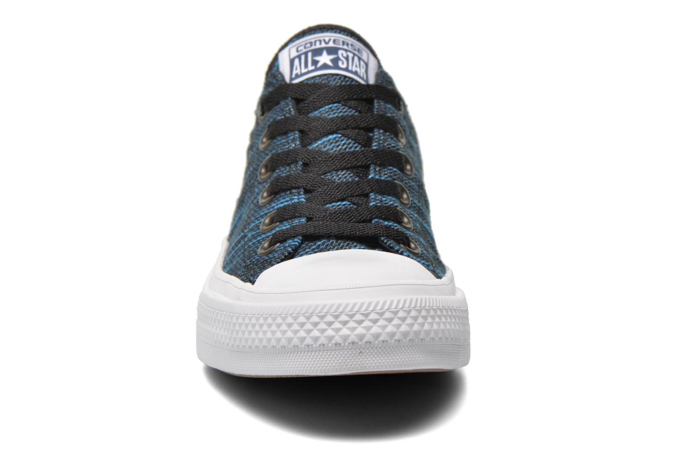 Baskets Converse Chuck Taylor All Star II Ox M Bleu vue portées chaussures