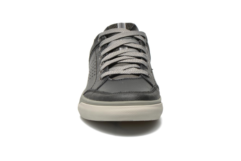 Baskets Skechers Diamondback-Rendol 64666 Noir vue portées chaussures