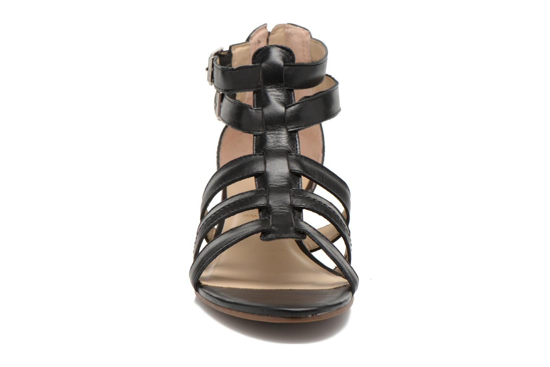 Sandales et nu-pieds San Marina Vurina Noir vue portées chaussures