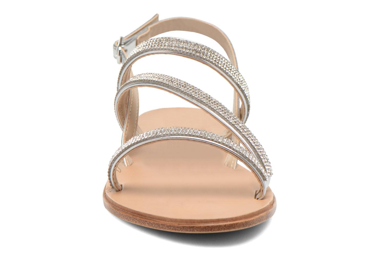 Sandales et nu-pieds André Night Argent vue portées chaussures