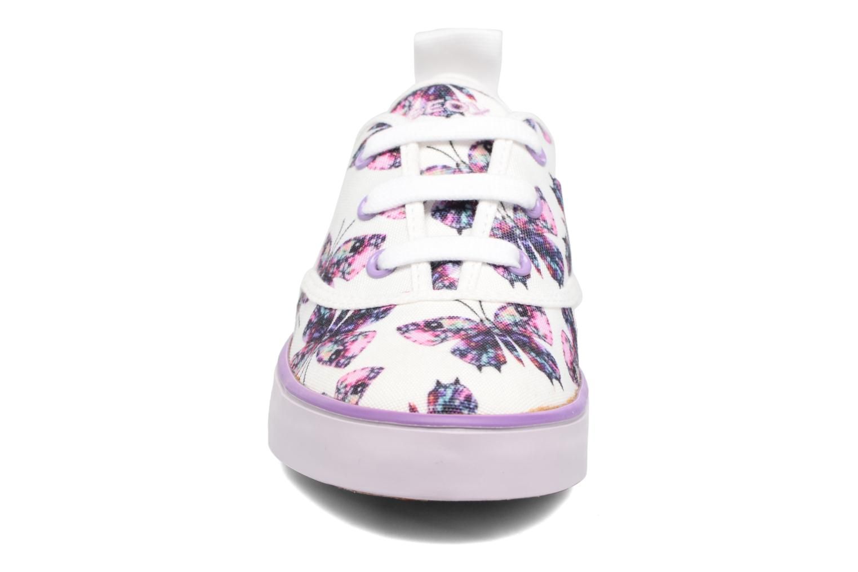 Sneaker Geox JR Ciak Girl J5204E weiß schuhe getragen