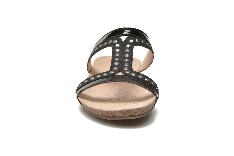 Mules et sabots Geox D Vinca D5297B Noir vue portées chaussures