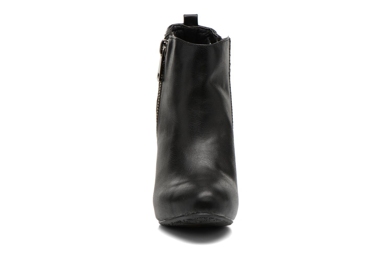 Botines  Refresh Elise-61121 Negro vista del modelo