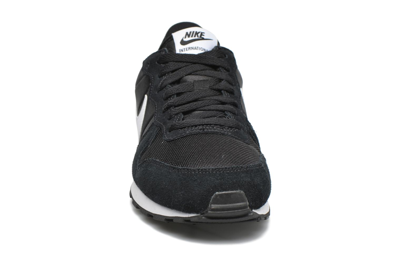 Deportivas Nike Nike Internationalist (Gs) Negro vista del modelo