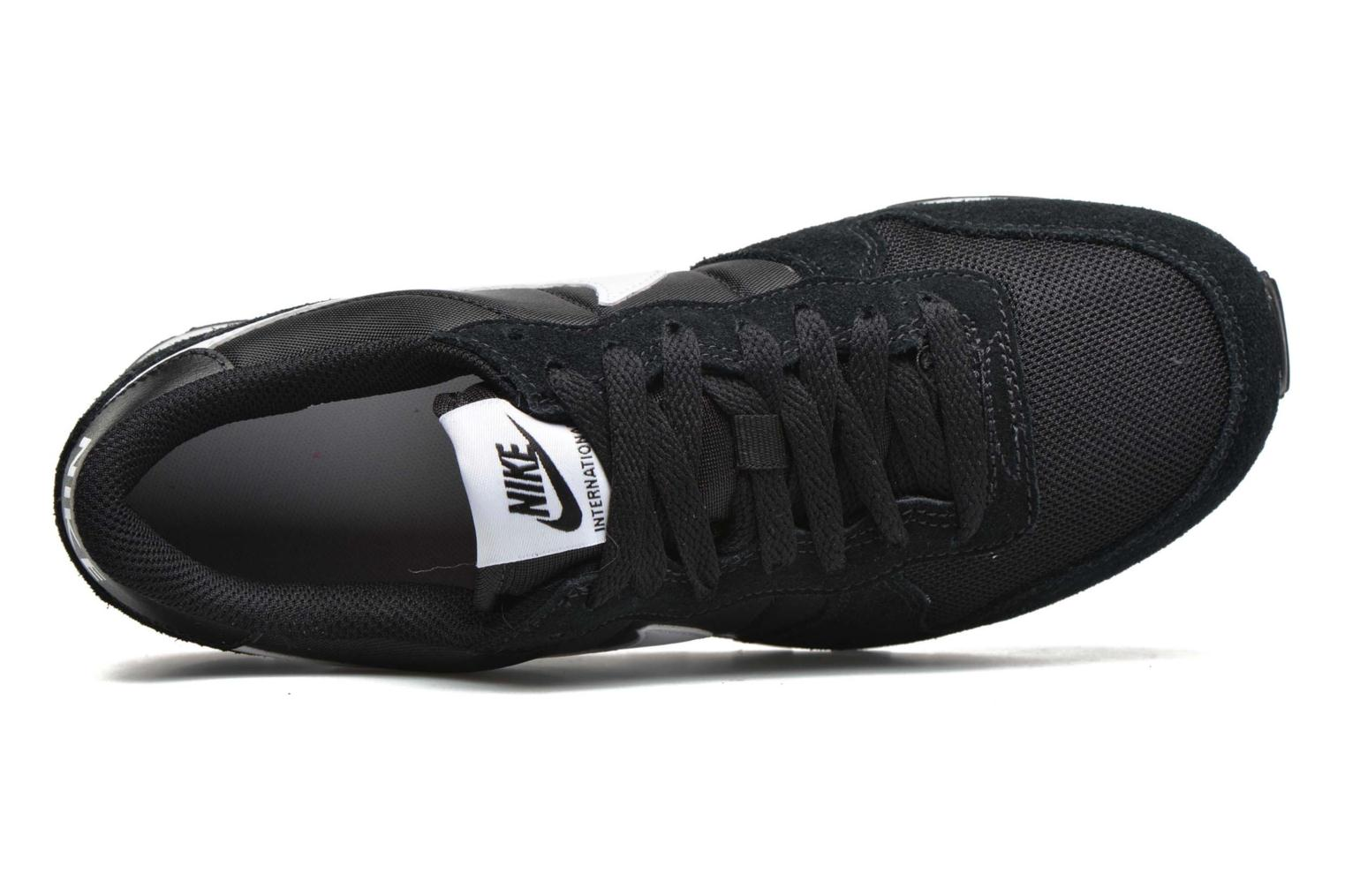 Trainers Nike Nike Internationalist (Gs) Black view from the left