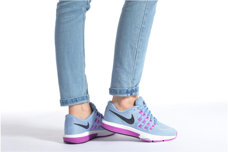 Chaussures de sport Nike Wmns Nike Air Zoom Vomero 11 Noir vue bas / vue portée sac