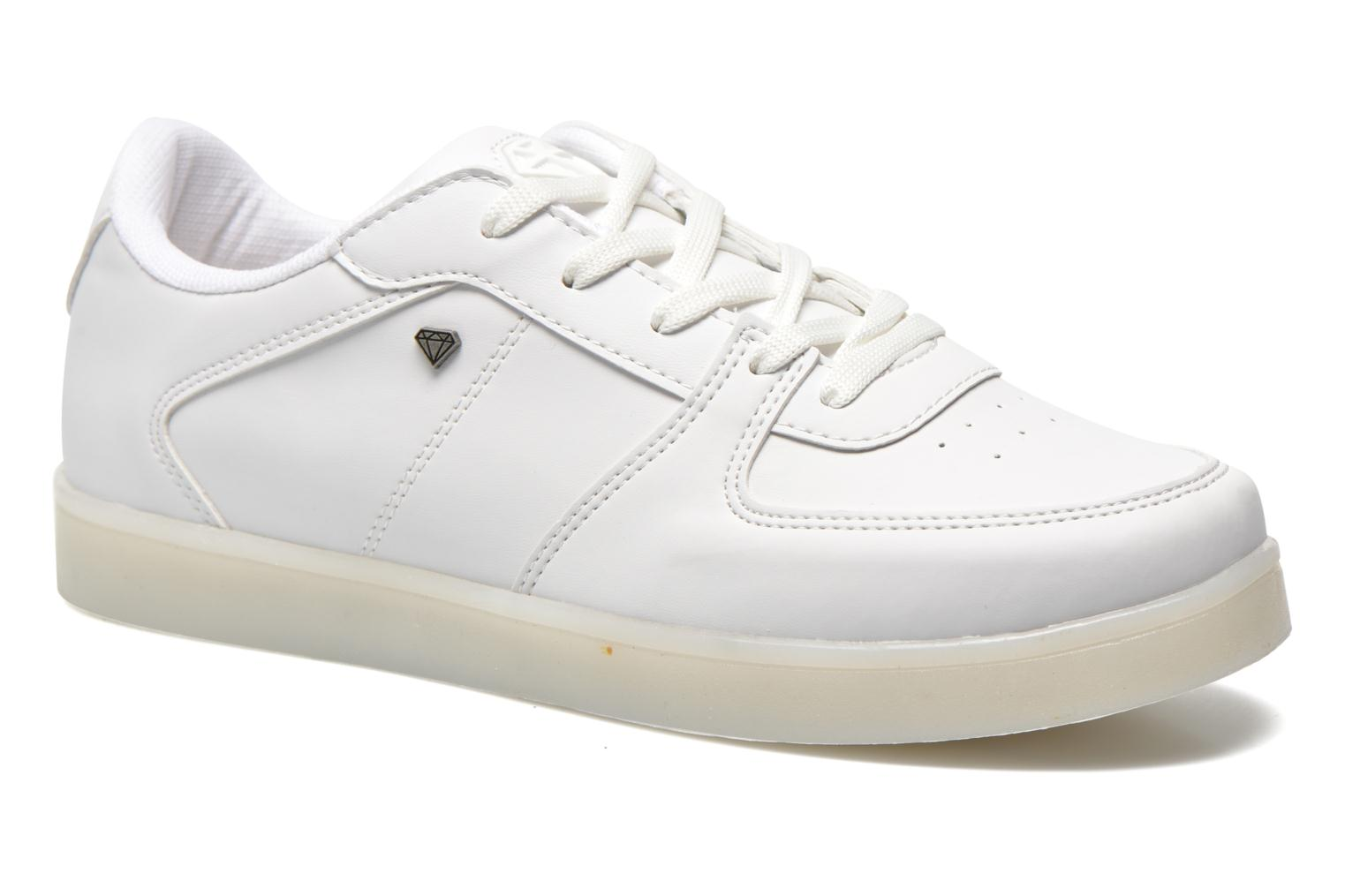 Trainers Cash Money CMS 37 White 3/4 view