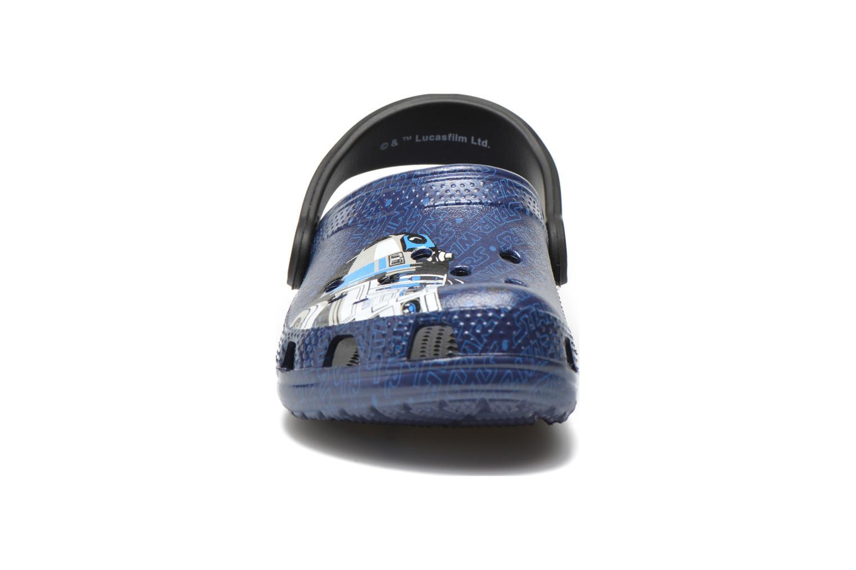 Sandales et nu-pieds Crocs Classic Star Wars R2D2 C3PO Bleu vue portées chaussures