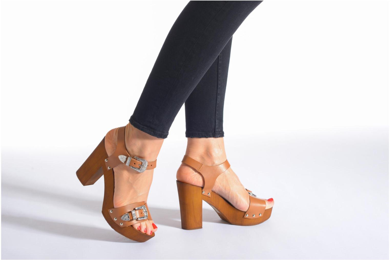 Sandalen Made by SARENZA Discow Girl #10 braun ansicht von unten / tasche getragen