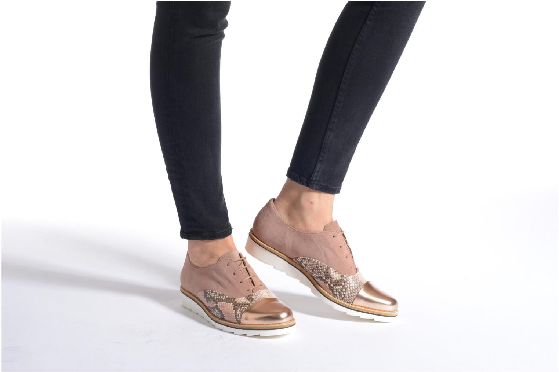 Chaussures à lacets Gabor Agathe Multicolore vue bas / vue portée sac
