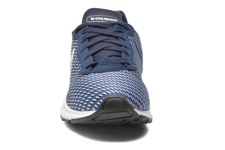 Baskets Le Coq Sportif Lcs R Xvi Geo Jacquard Bleu vue portées chaussures