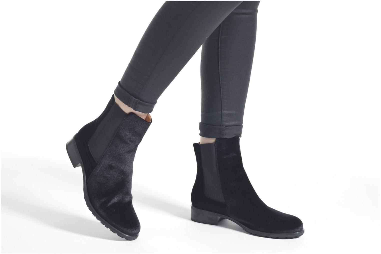 Stiefeletten & Boots Shoe the bear Angelica V schwarz ansicht von unten / tasche getragen