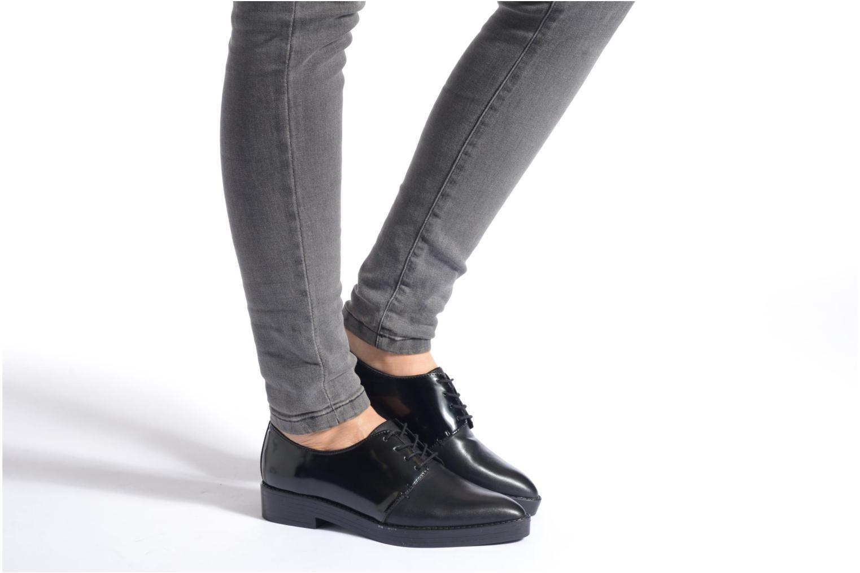 Zapatos con cordones Aldo Monnacco Beige vista de abajo