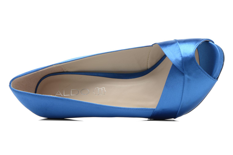 Zapatos de tacón Aldo Scibilia Azul vista lateral izquierda