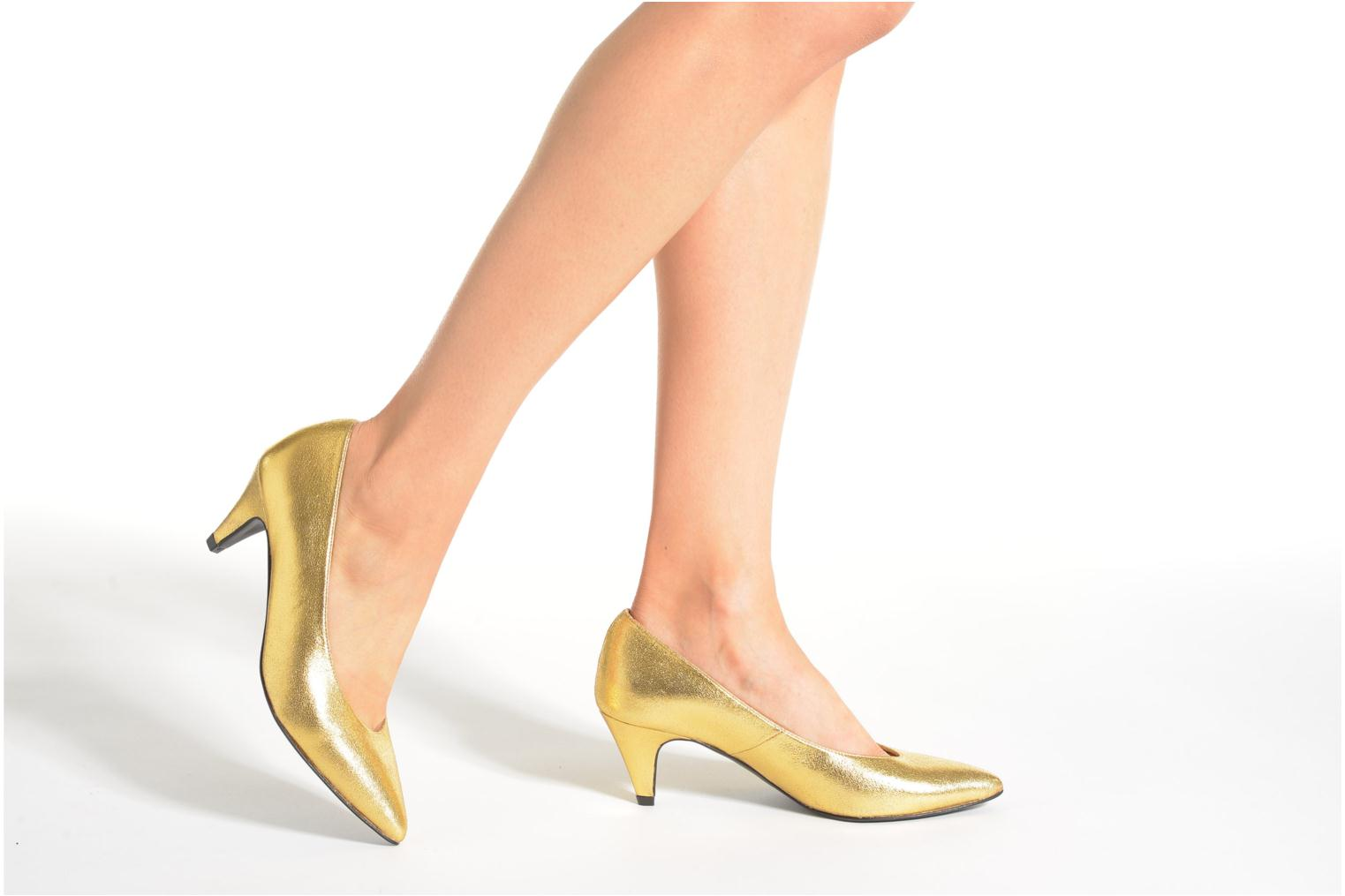 High heels Made by SARENZA Glossy Cindy #9 Bronze and Gold view from underneath / model view