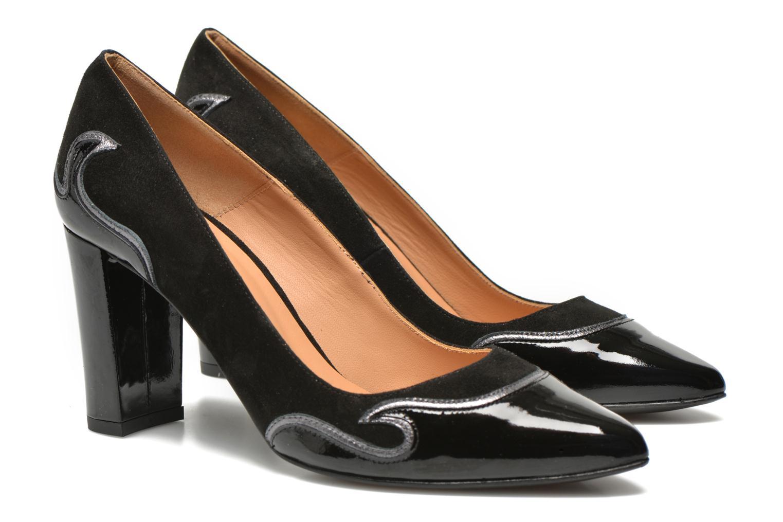 Glossy Cindy #2 Ante noir + vernis noir + polvore cromo