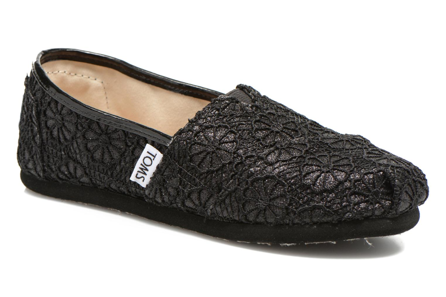Seasonal Classics Black Crochet Glitter
