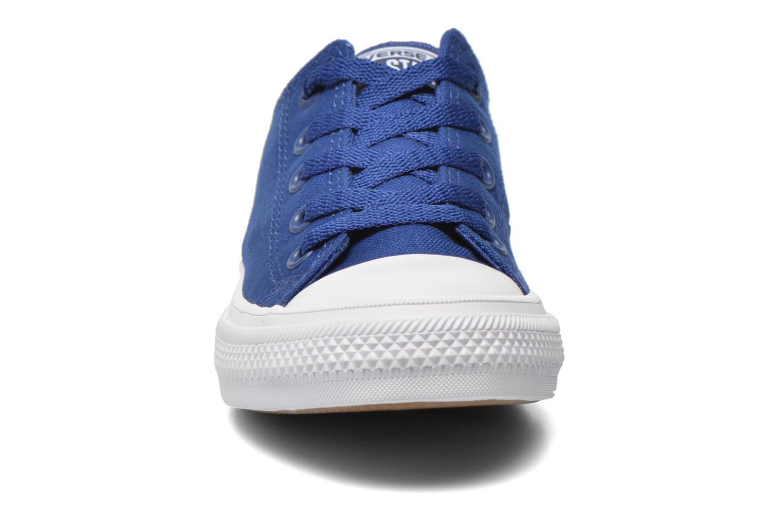 Baskets Converse Chuck Taylor All Star II Ox Bleu vue portées chaussures