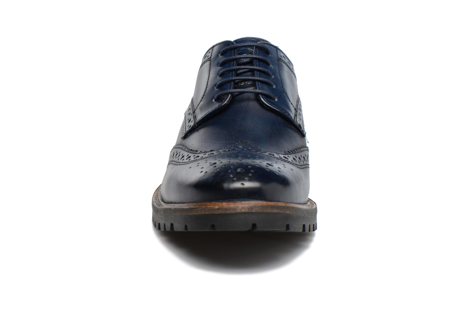 Lace-up shoes Base London Trench Blue model view