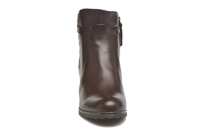 Bottines et boots Geox D LISE ABX A D64D1A Marron vue portées chaussures