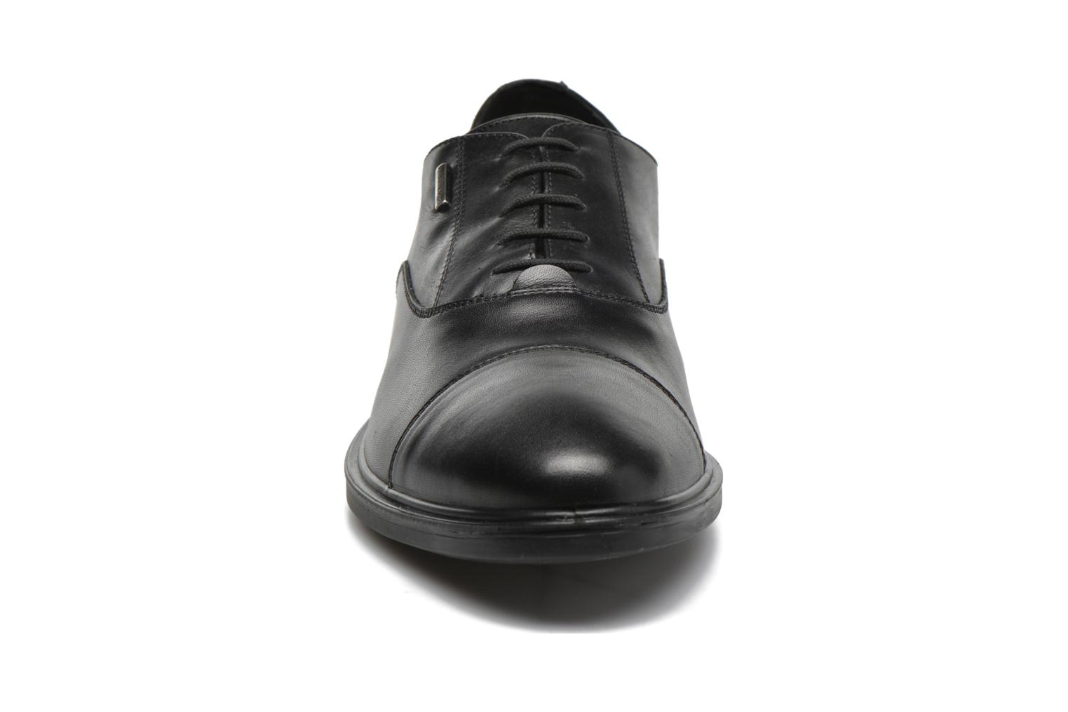 Lace-up shoes Geox U LORIS A ABX B U64C6B Black model view