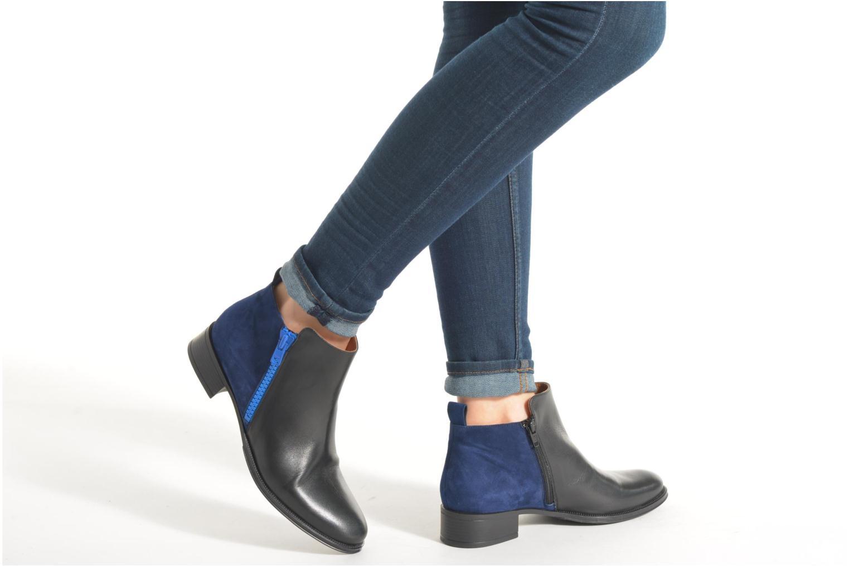 Bottines et boots Made by SARENZA West Mister #5 Noir vue bas / vue portée sac