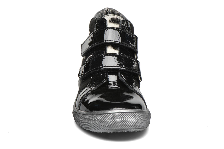 Scarpe con gli strappi Bopy Saflovel Nero modello indossato