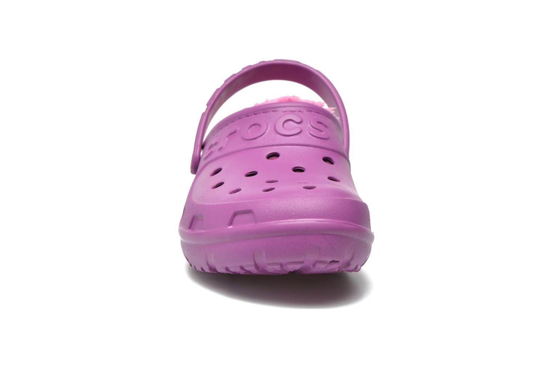 Mules et sabots Crocs Crocs Hilo Lined Clog K Violet vue portées chaussures