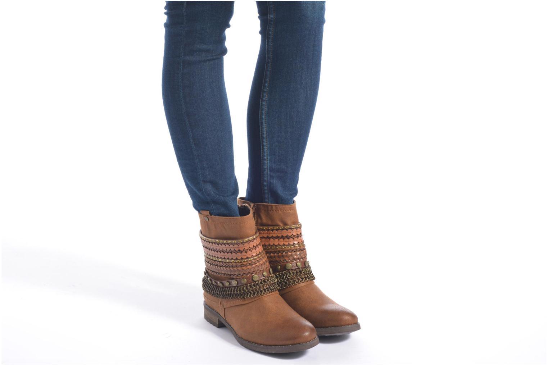 Stiefeletten & Boots Bullboxer Lalima braun ansicht von unten / tasche getragen